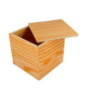 Caja de madera Artemio cierre imanes 12x12x12 CM