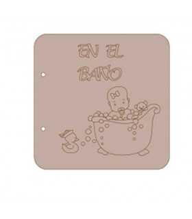 ÁLBUM CARTÓN DAYKA NIÑO EN EL BAÑO 20x20 CM